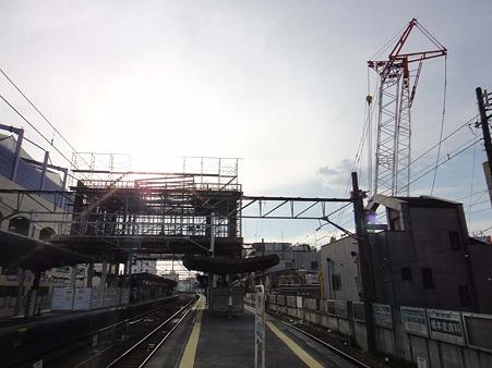 東岡崎駅構内全景1