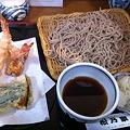 写真: 天ぷら蕎麦(大盛り)