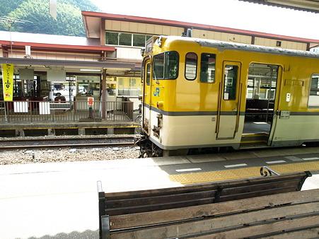 キハ40山口線(津和野駅)11