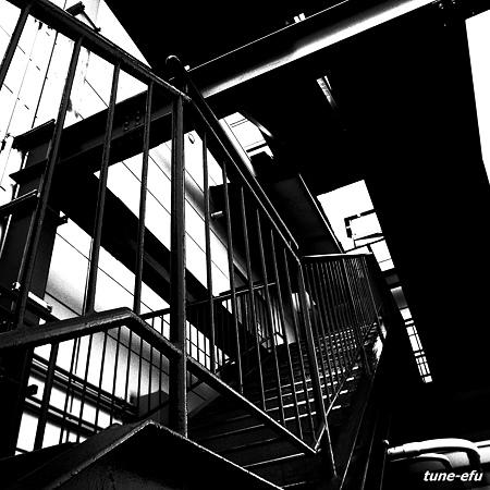 対馬にて・・空港の外階段