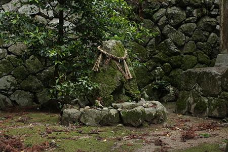 高天彦神社・土蜘蛛塚