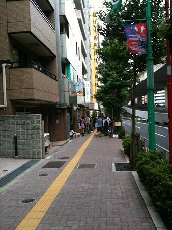 笹塚店で列があるなんて!!前はなかったよ?1