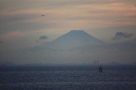 2010.07.17(SAT) 東京湾と富士山[千葉県千葉市]