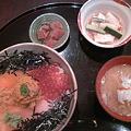 写真: 加島屋本店の茶屋長作の「長作丼」