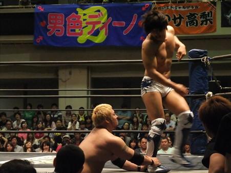 "DDT ""What are you doing 2012"" KO-D無差別級選手権試合 火野裕士vs飯伏幸太 (2)"