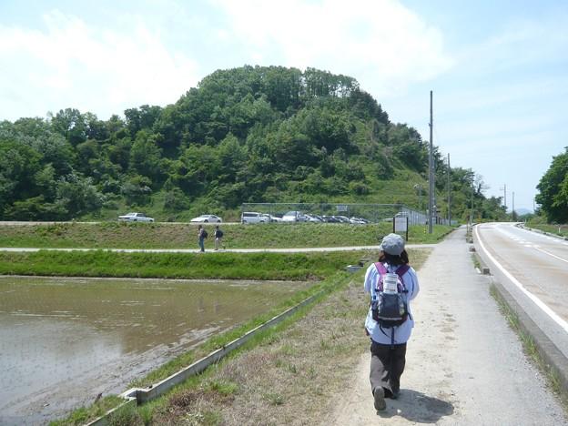 P1210815丁野山城跡・中島城跡へ