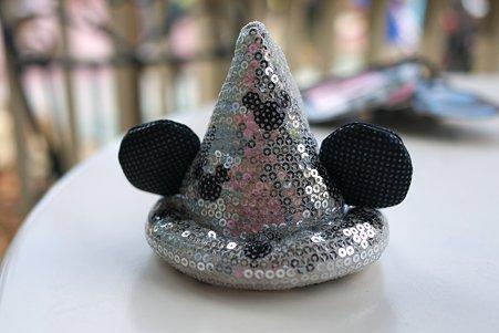 2011.09.11 TDL 帽子