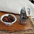 写真: 甲府鳥もつ煮+ビール
