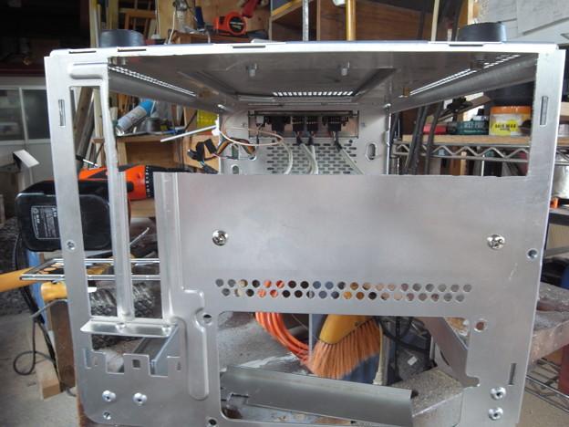 PCケース、後ろ側の加工