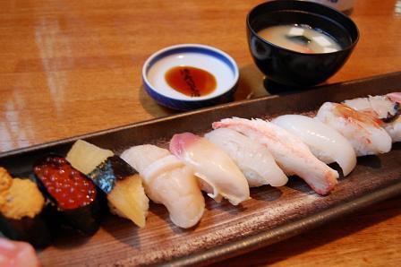 おまかせ寿司2,800円