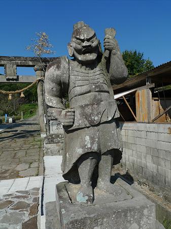 都甲八幡社仁王像(5)