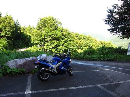 c-110710-065207 登山口駐車場